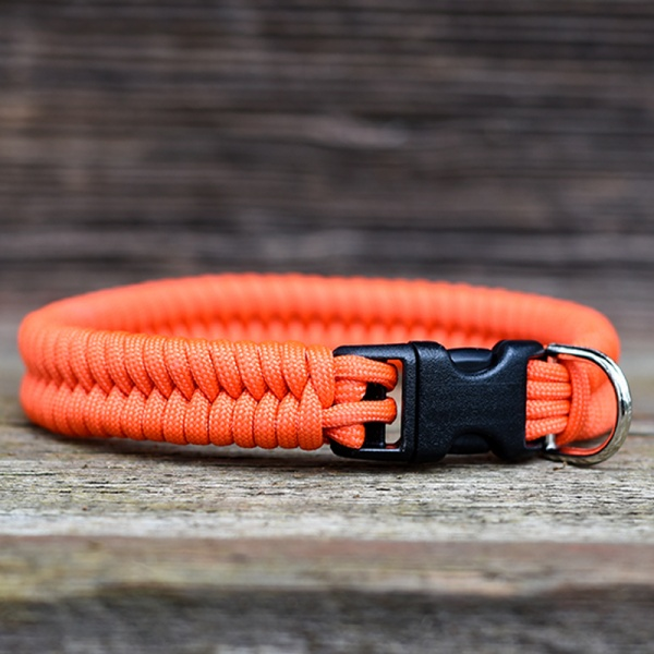 Knots 4 Kritters - fishtail weave paracord dog collar