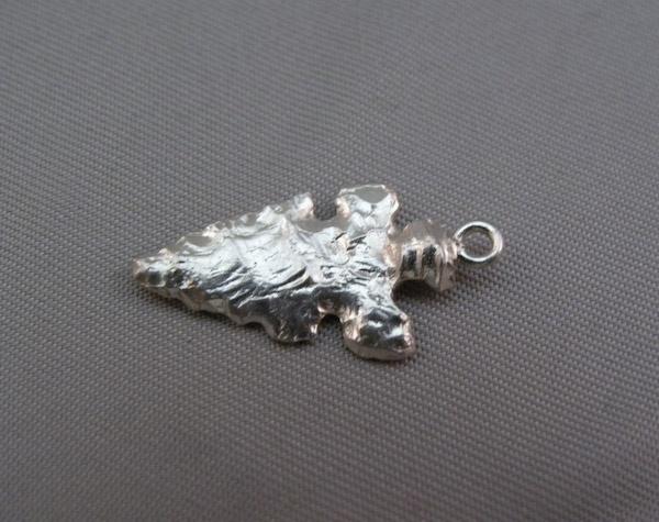 Michele's Wearable Art - Arrowhead Pendant